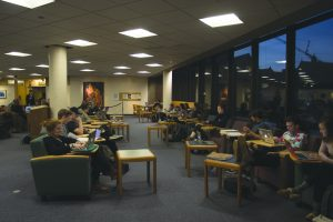 Students study in Bailey/Howe Library during fall exams Dec. 6. The office of the registrar resched- uled exam periods to allow for more teaching days and time to study. OLIVER POMAZI/The Vermont Cynic